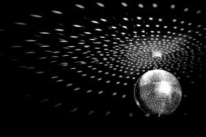 gray_groovy_disco_ball_retro_saturday_night_bee_hd-wallpaper-1154955